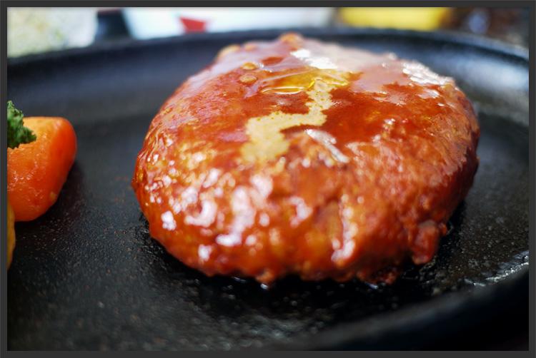 阿蘇小国豚100%使用!150gの贅沢手作りハンバーグ!!